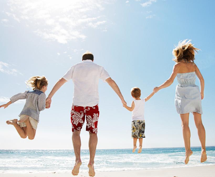 Kokie pavojai tyko vasaros metu ir kaip jų išvengti?